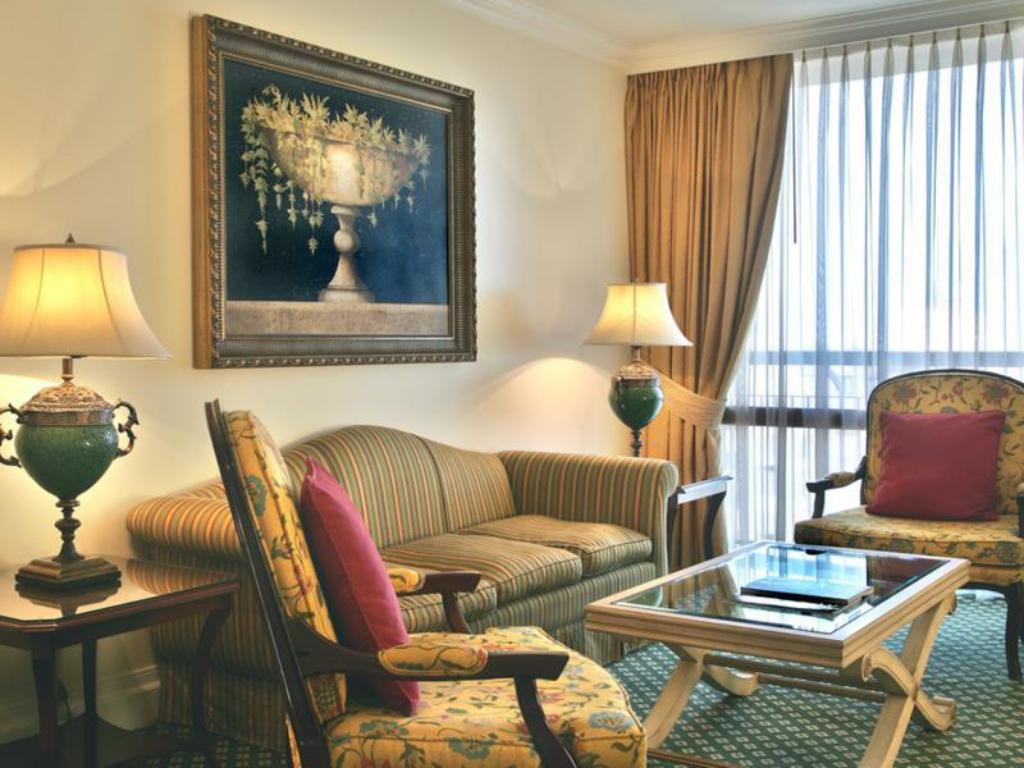 Presidential Suite, Executive lounge access, 1 King, Balcony - 客房 Lisbon Marriott Hotel