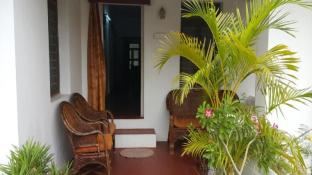 Pondichery Guest House - White Town