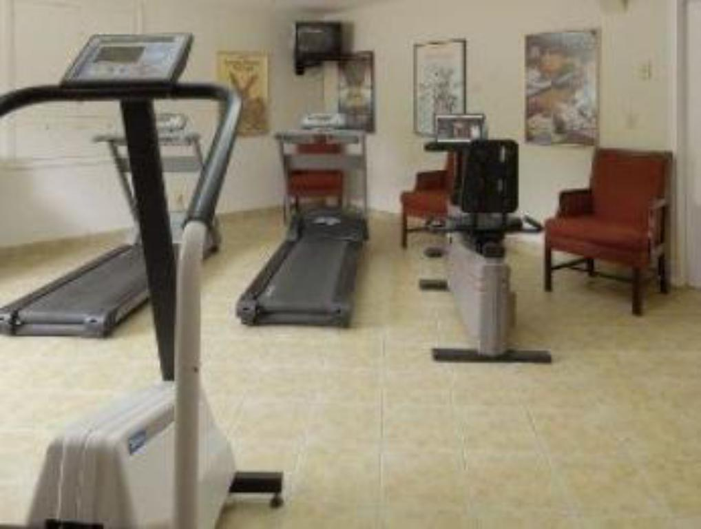 Fitness center Red Roof Inn and Suites Herkimer