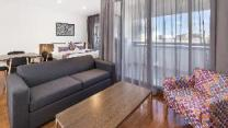 City Edge Dandenong Apartment Hotel