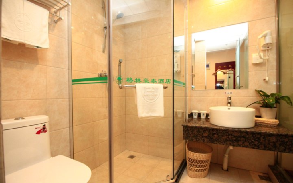 Bathroom GreenTree Inn RiZhao JuXian YinXing Avenue Middle Road Business Hotel