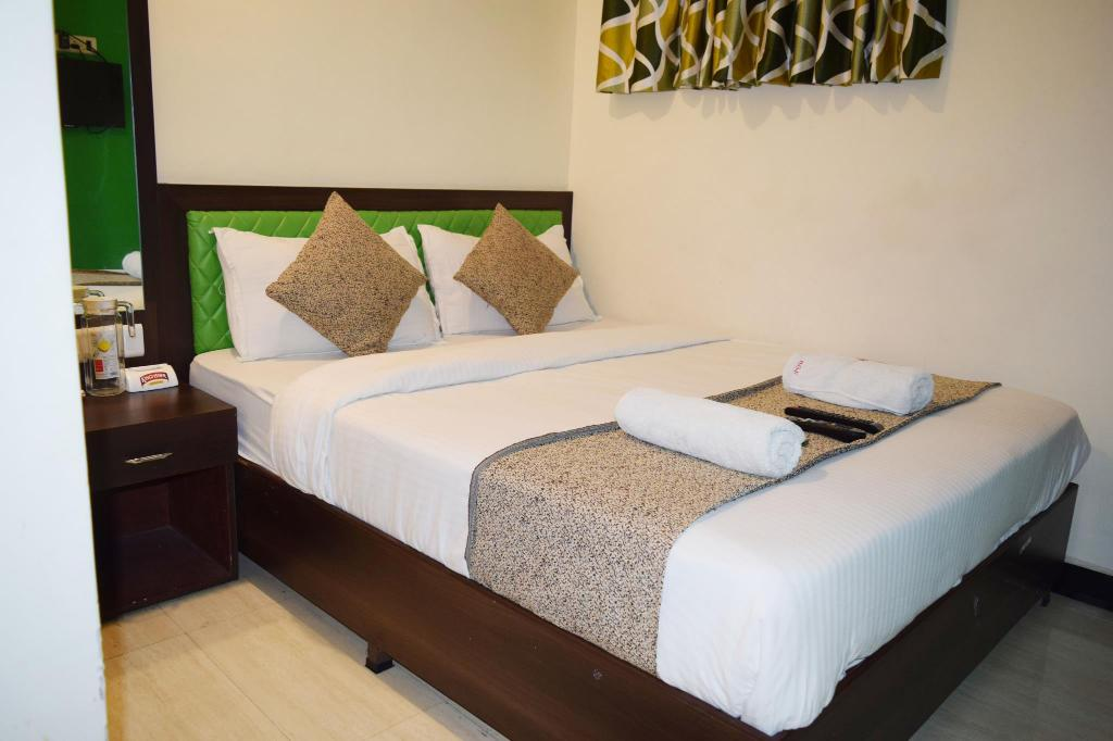 More about HOTEL GRAND PALACE INN