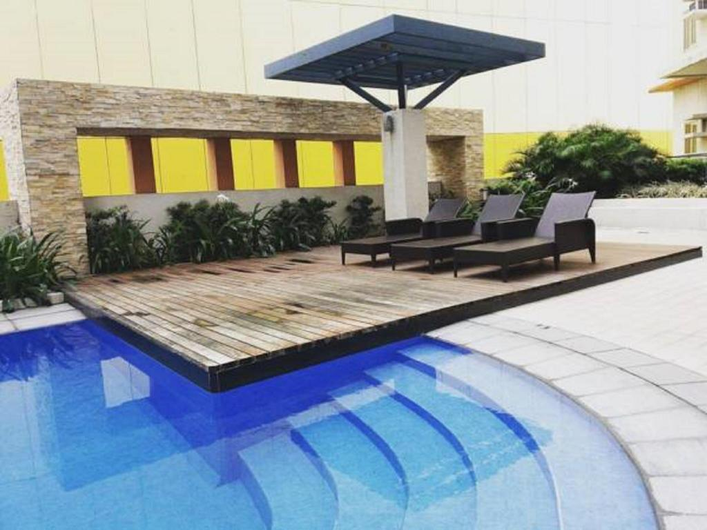 Swimming pool [outdoor] Avida Towers San Lorenzo Unit- Twenty3zero5