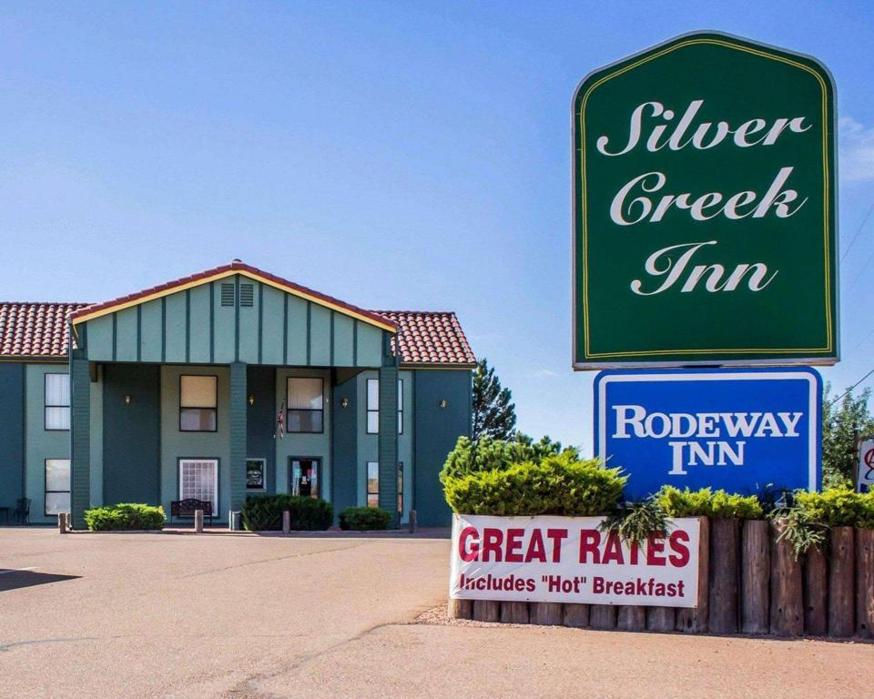 More about Rodeway Inn Silver Creek Inn Taylor