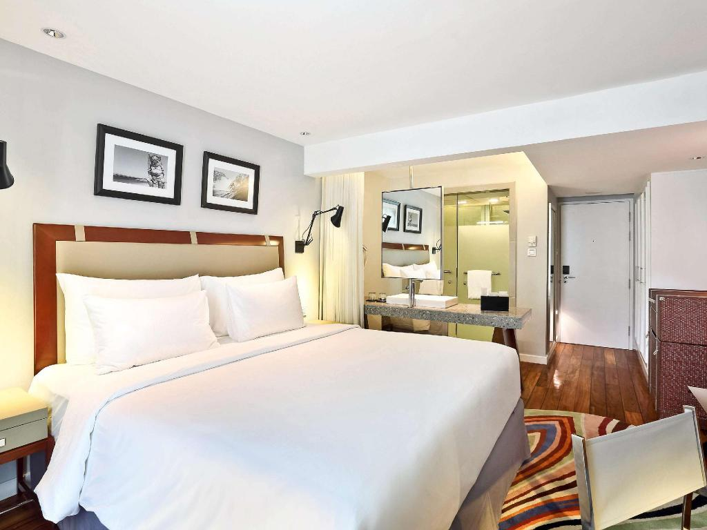 Classic Heritage King - Guestroom The Kuta Beach Heritage Hotel Bali - Managed by AccorHotels