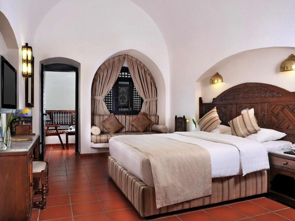 Partial Sea View - Guestroom Movenpick Resort Sharm El-Sheikh
