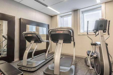 centru de fitness Hotel Napoleon, an Ascend Hotel Collection Member