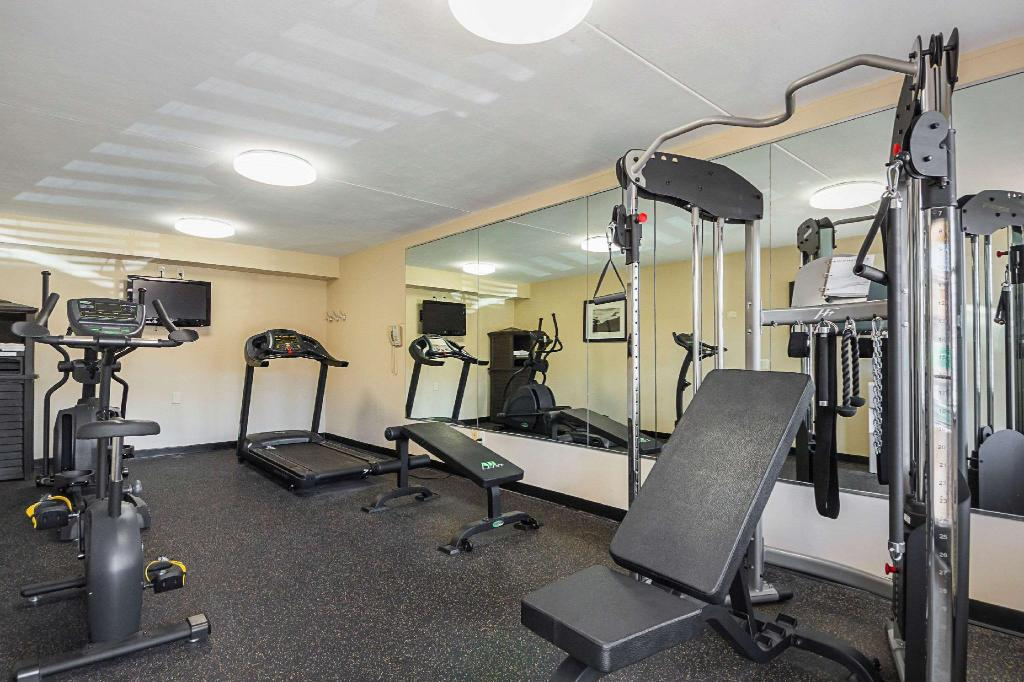 Fitneszközpont Quality Inn & Suites North Richland Hills