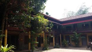 Khmer House Hostel