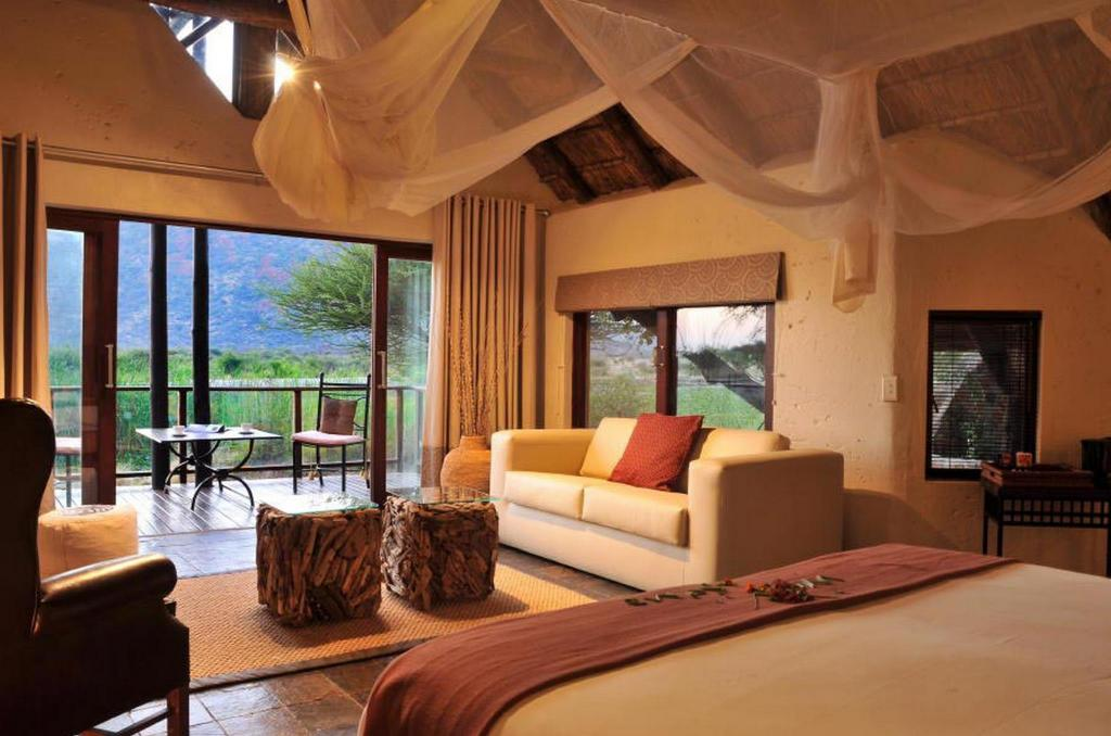 More about Tau Game Lodge