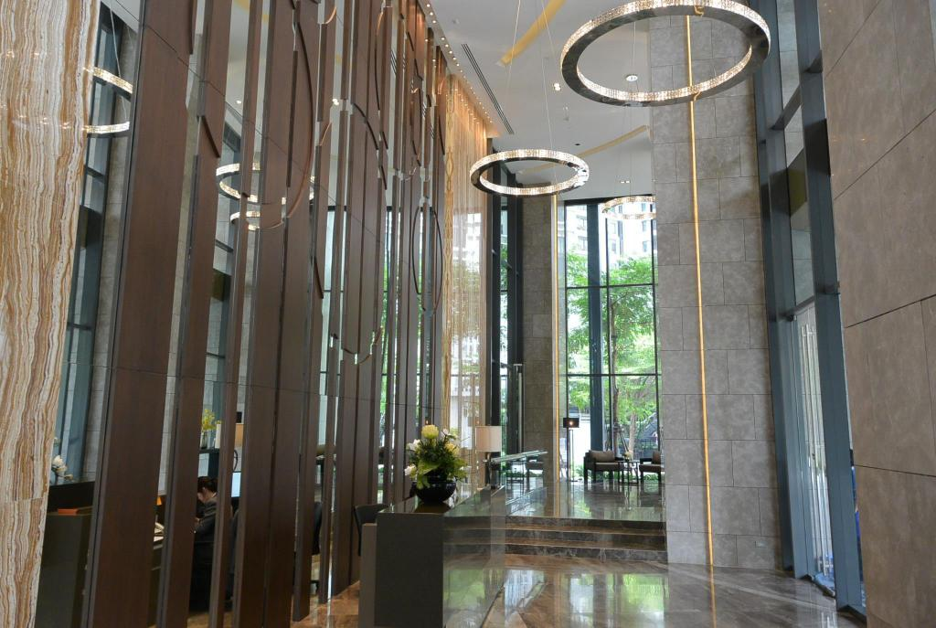 Lobby The lumpini 24 Sukhumvit Monthly