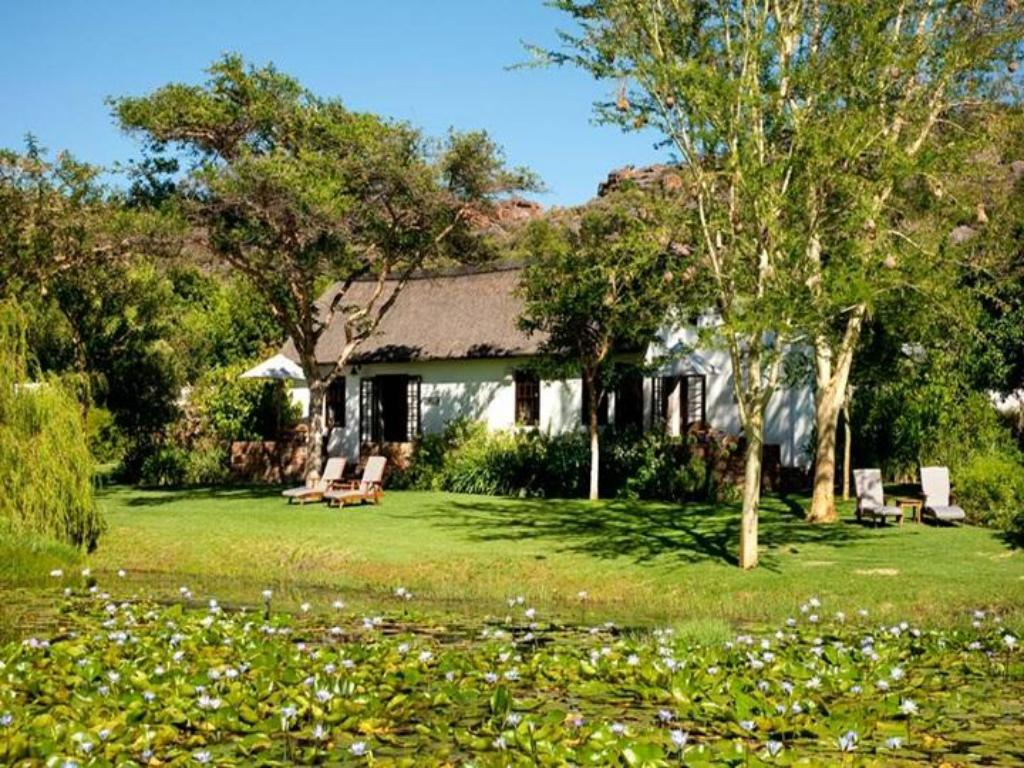 Vista Exterior Bushmans Kloof Wilderness Reserve and Wellness Retreat