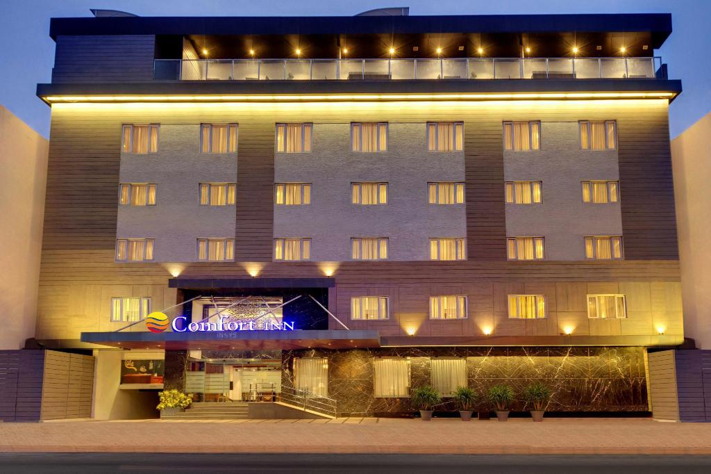 More about Comfort Inn Insys