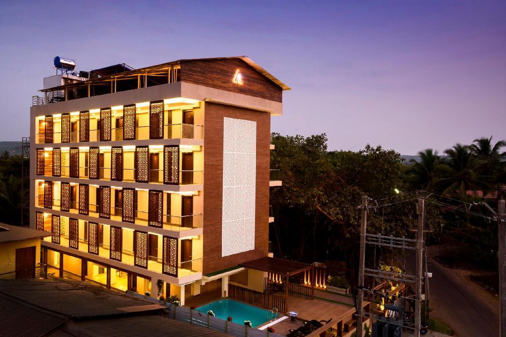 AMANI VAGATOR in Goa - Room Deals, Photos & Reviews