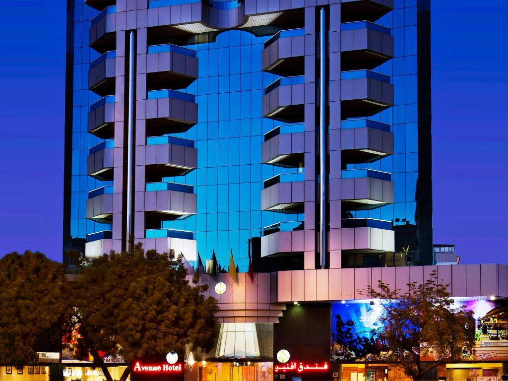 Best price on avenue hotel in dubai reviews for Top 10 5 star hotels in dubai
