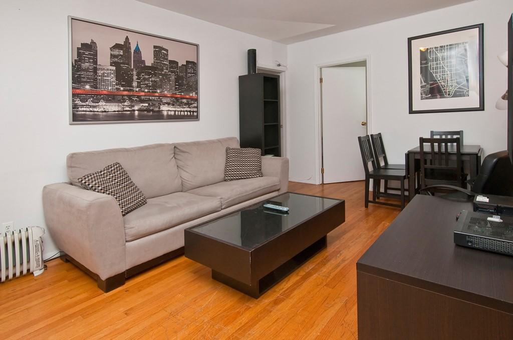 Fully equipped 2 BR Apartment on Upper East Side