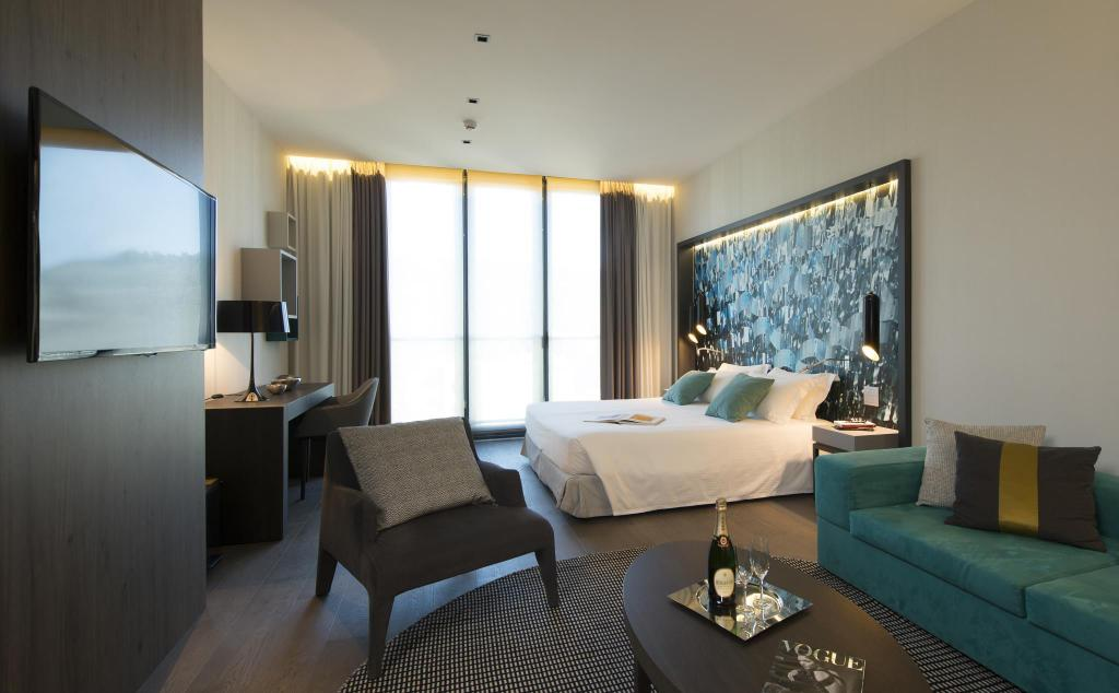 duparc contemporary suites in turin room deals photos reviews