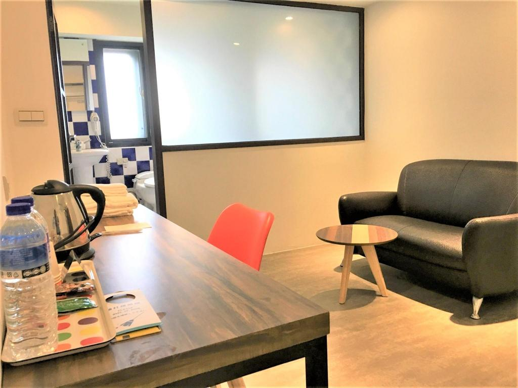 A Small Corner In Ximending Guesthouse Hotels Near Ximending Shopping District Taipei Best Hotel Rates