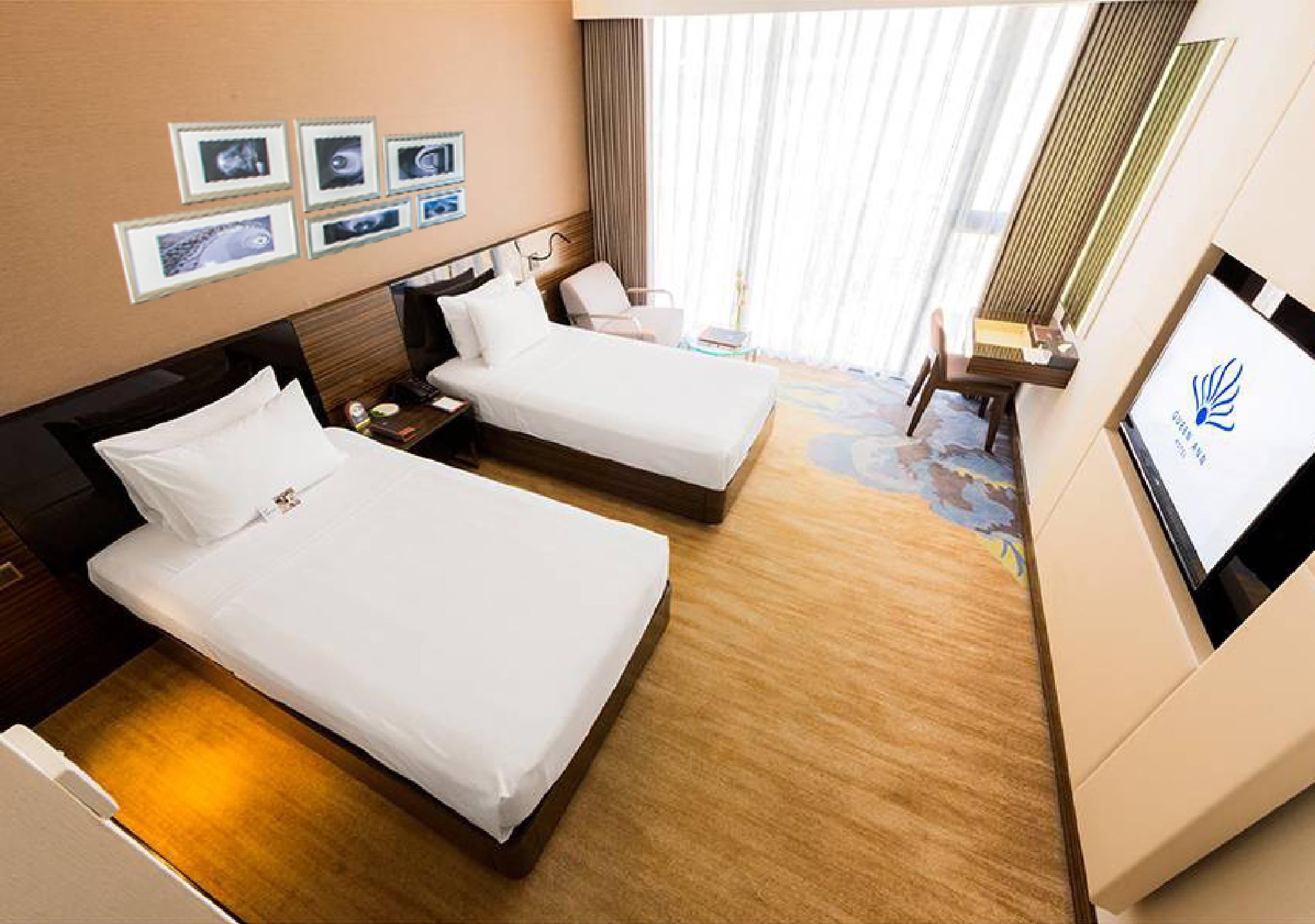 Grand Deluxe Ocean View Room with 1 King Bed or 2 Single Beds