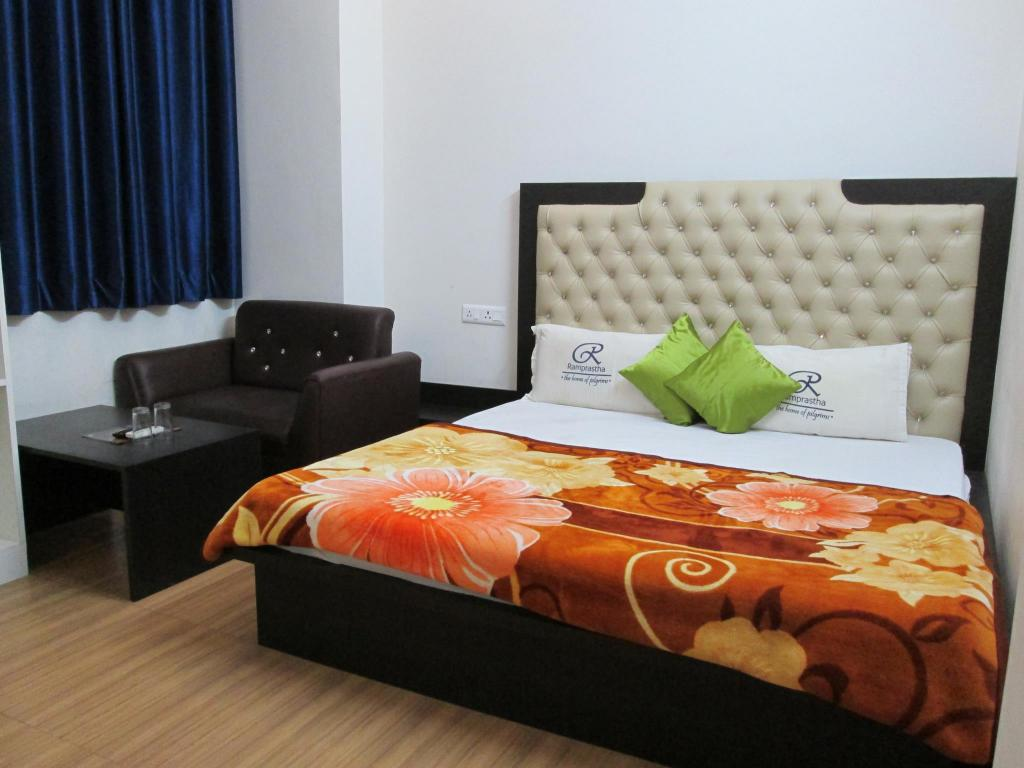 Super Deluxe - Bed Hotel Ramprastha