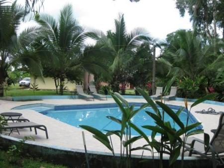 Swimming pool Hotel Lavas del Arenal
