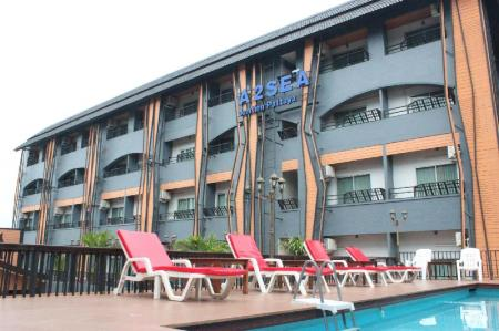 Swimming pool Hostel Wing @ A2Sea