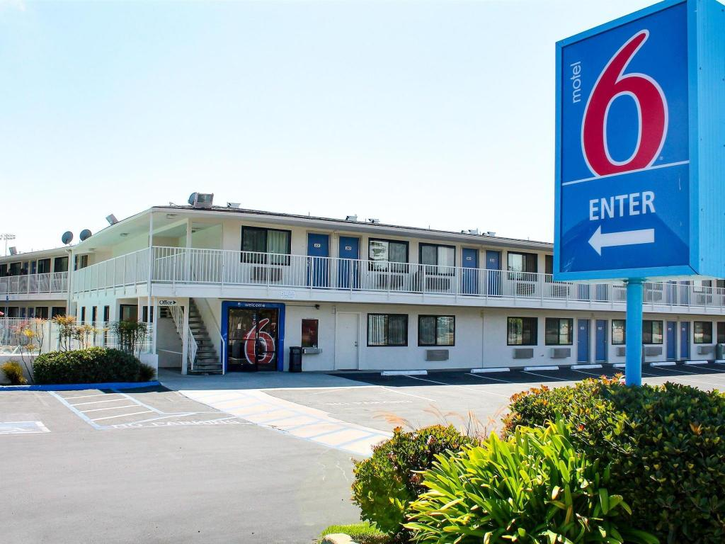 More About Motel 6 Morro Bay