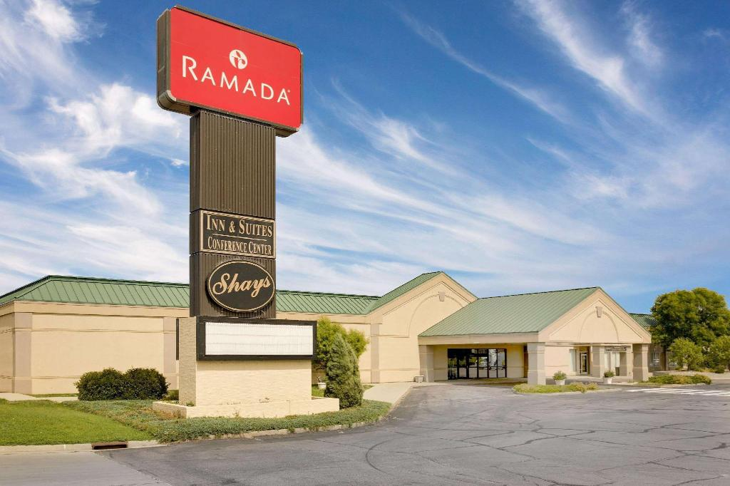 Ramada Hotel & Conference Center by Wyndham Mitchell