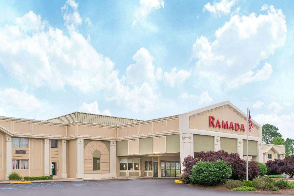 Ramada by Wyndham Whitehall/Allentown