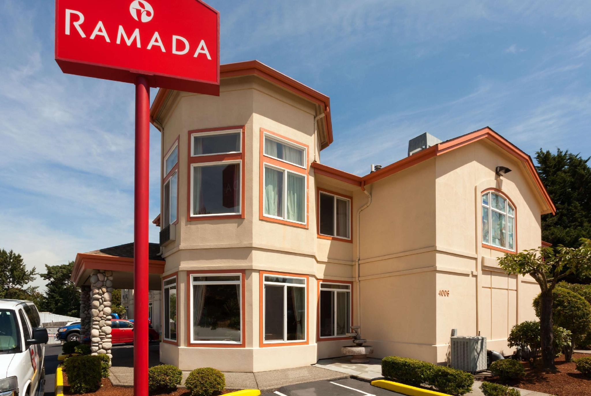ramada by wyndham seatac airport north seattle wa. Black Bedroom Furniture Sets. Home Design Ideas
