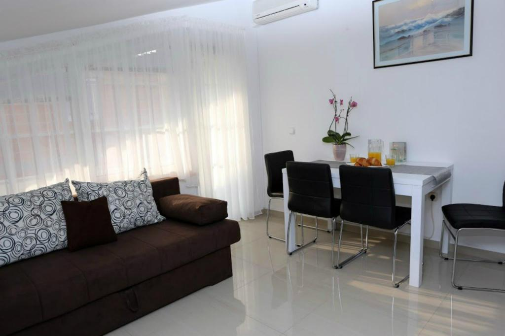 Лаунж Great Apartment Elis 1 346 - 2 BR Apartment