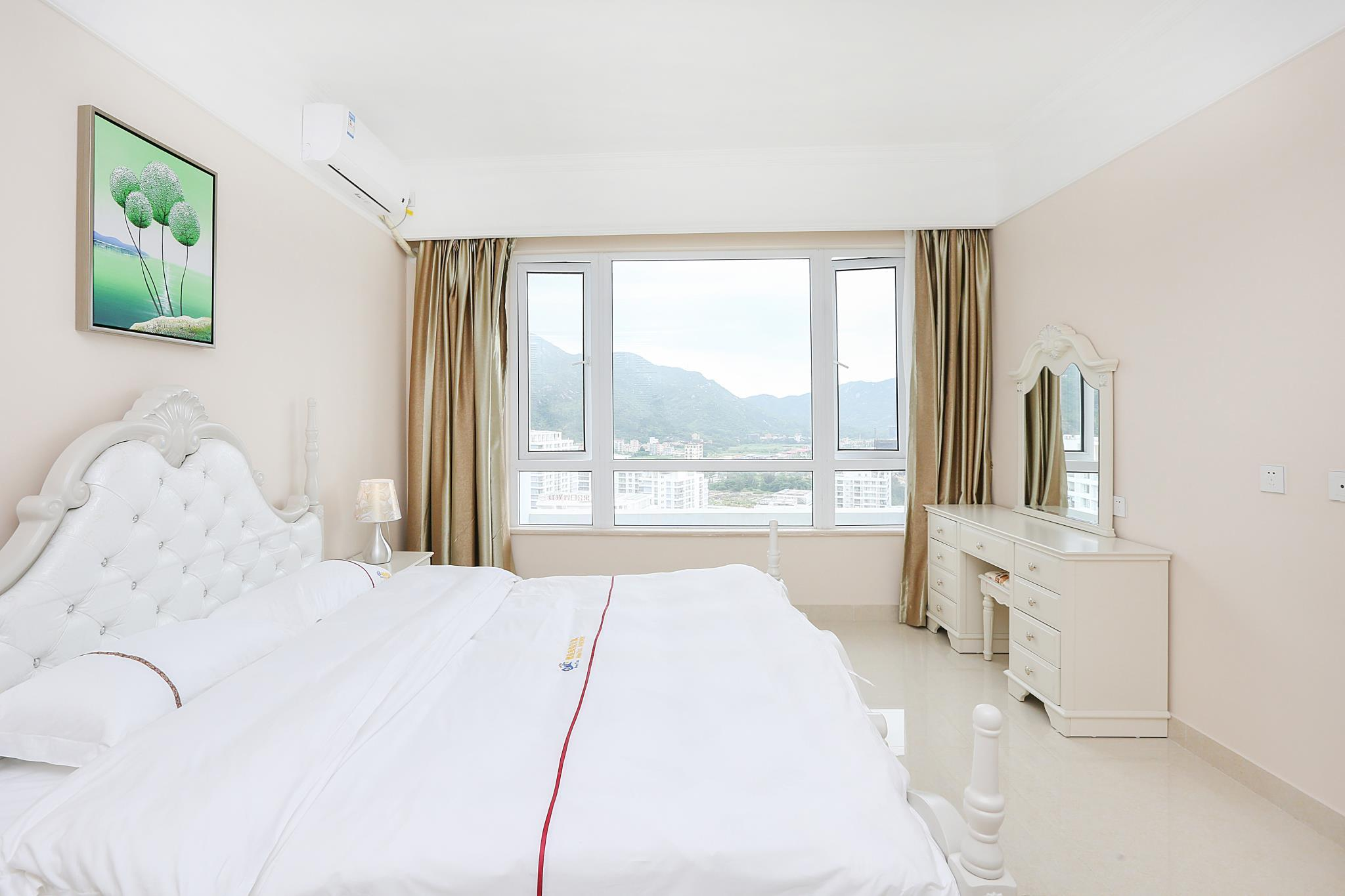 Sea View Twin Bed