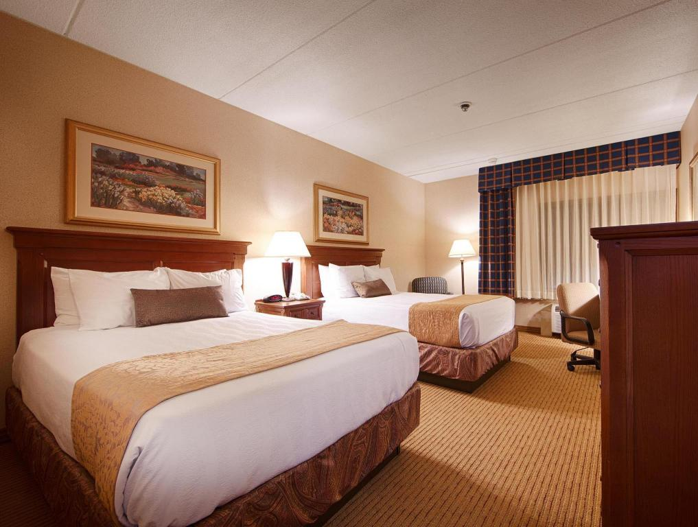 2 Double Beds Bed Best Western Plus Waterbury Stowe