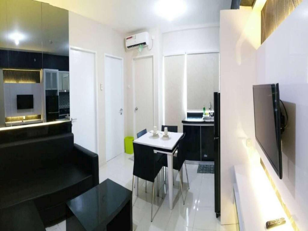 2 BR Plus Harvard Tower 3 at Educity Apartment by IPR