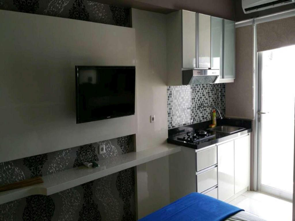 Studio harvard Tower 3 at Educity Apartment by IPR