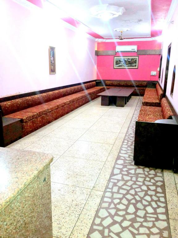 Executive Lounge Hotel Agarwal Guest House