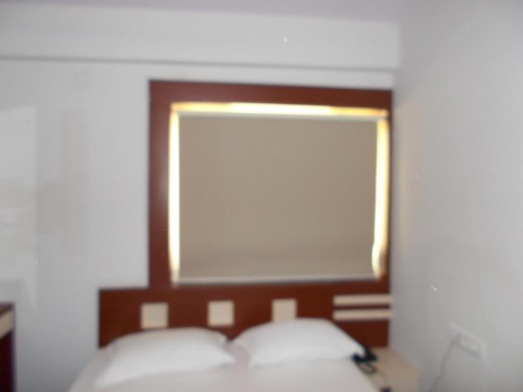 Deluxe Room Air Conditioning - Guestroom Dreamz Lux stay