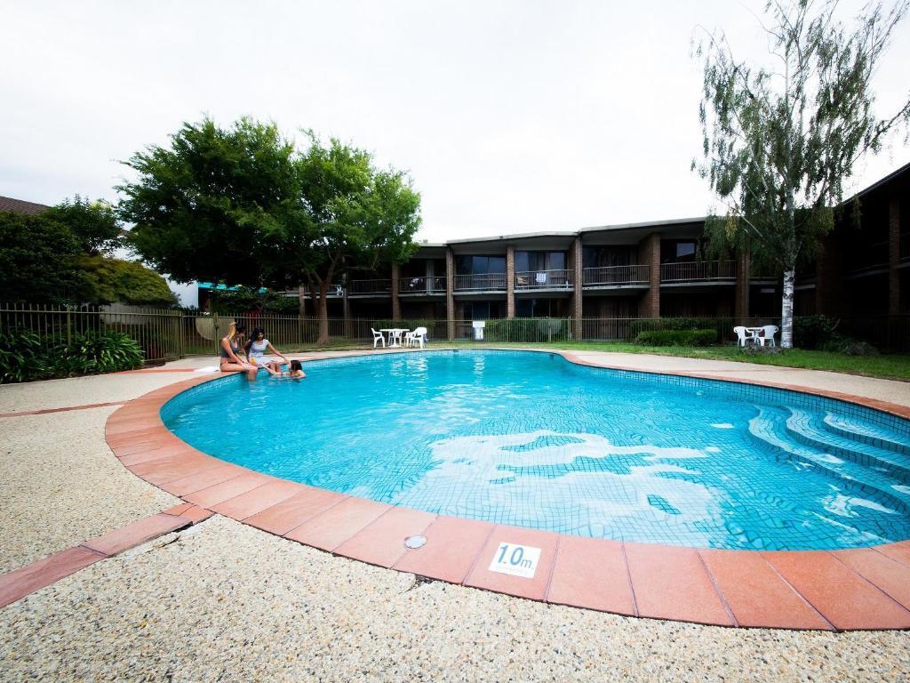 Best Price On Sandown Regency Motor Inn Serviced Apartments In Melbourne Reviews