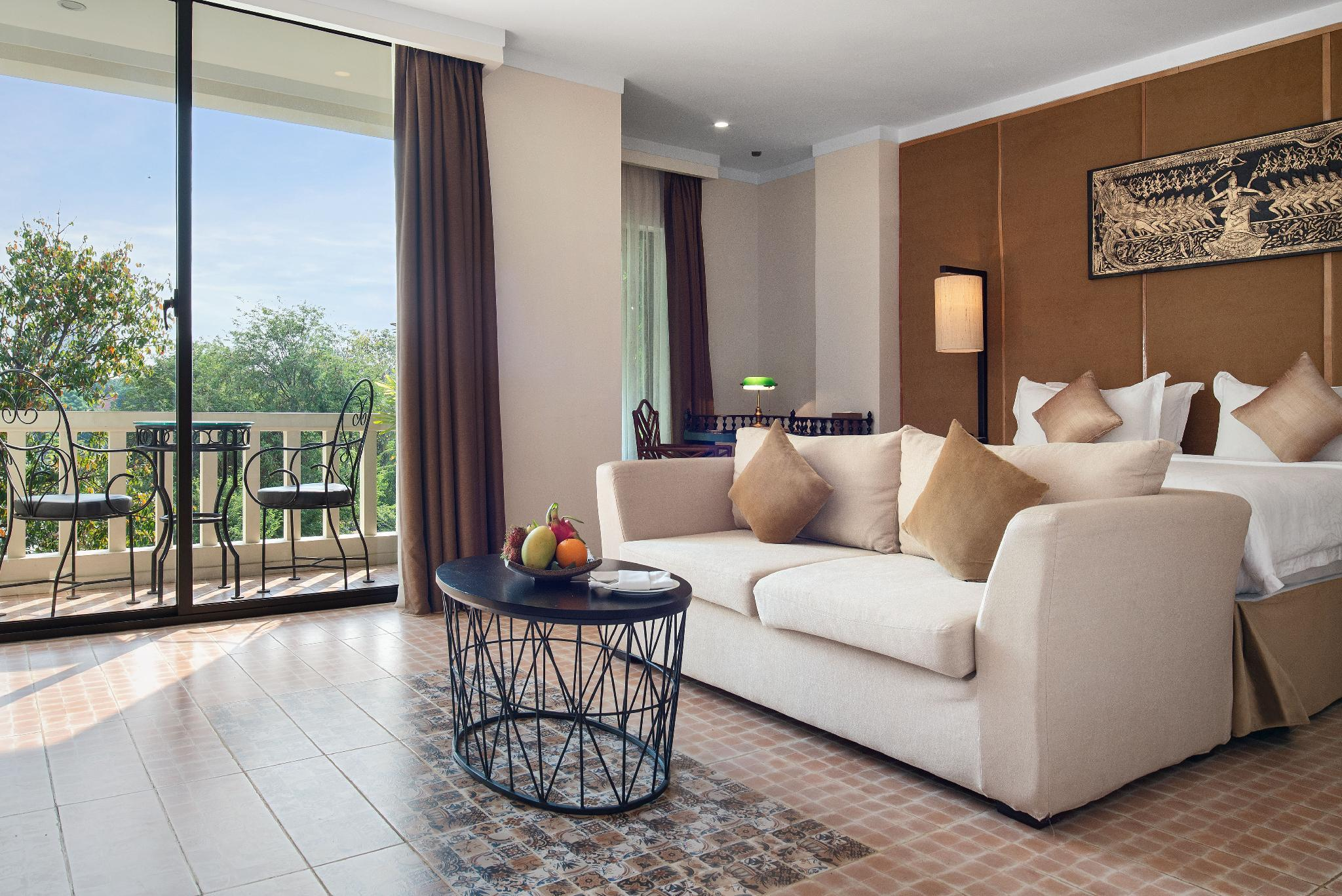 Royal Suite Double with Balcony-Pool View