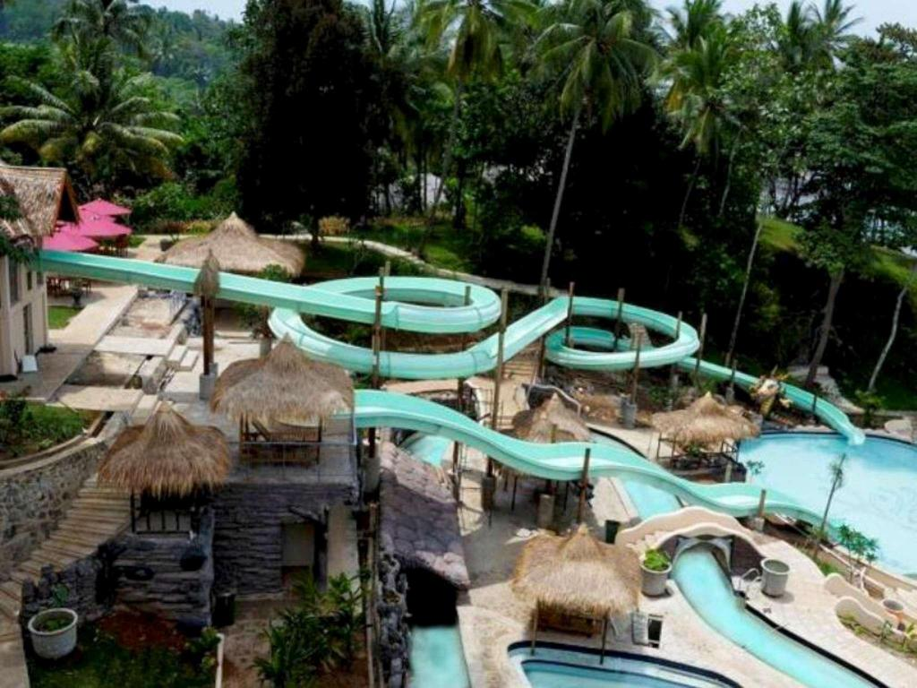 best price on hawaii resort family suites in anyer + reviews!