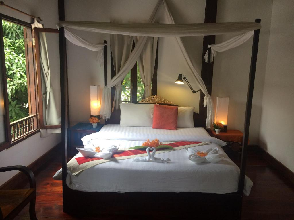 Deluxe Double Room with Garden View - Bed Khoum Xieng Thong Boutique Villa (luangprabang)