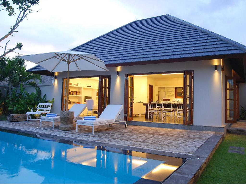 VILLA TWO BEDROOMS WITH PRIVATE POOL - BED AND BREAKFAST