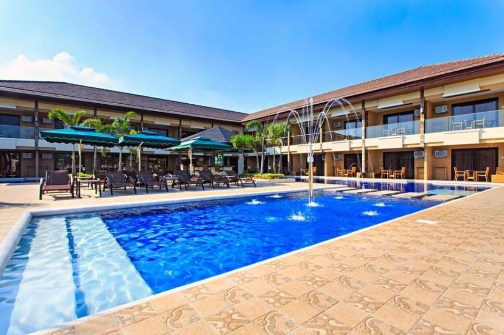 Pool Cebu Westown Lagoon - South Wing