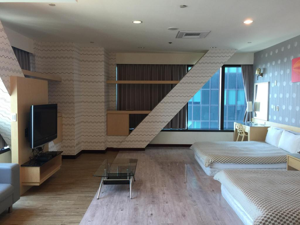 Facilities Near Sandou MRT Station - No View Standard Double (Run of House)