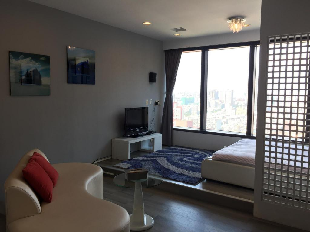 Παροχές Near Sanduo MRT - Street View Double Room (Run of House)