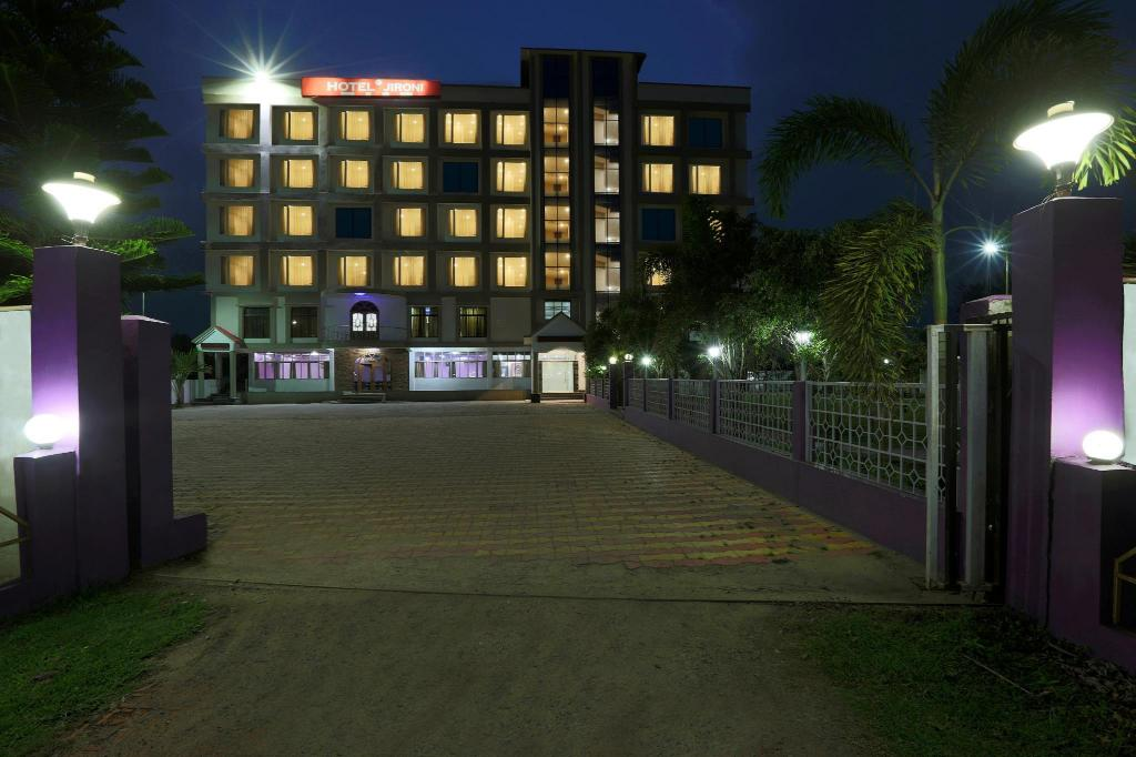 More about Hotel Jironi