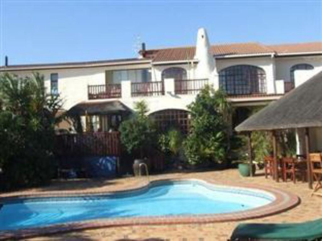 Swimming pool Gordons Bay Guest House