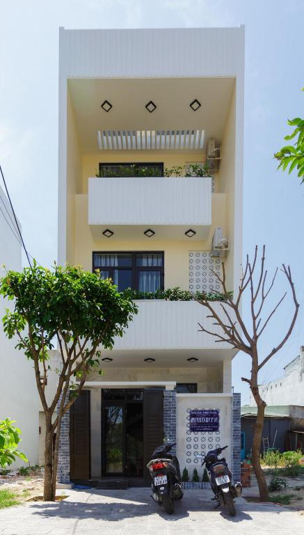 Hotel building 6BR Relaxing Villa nearby Danang Beach
