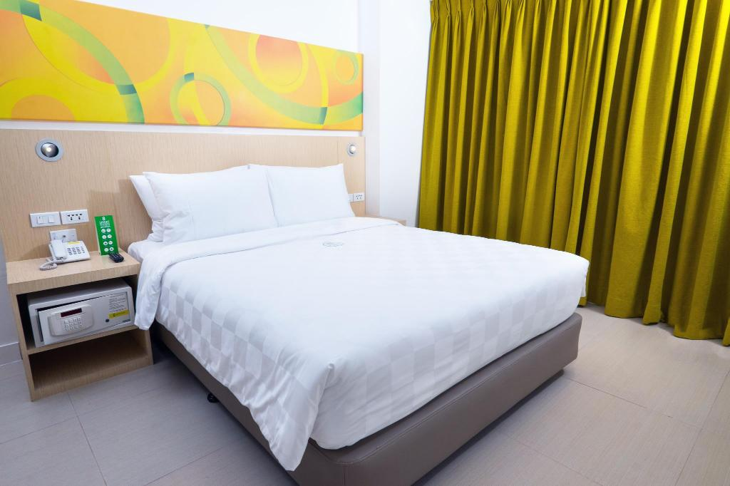 Queensize - Bed Go Hotels Cubao