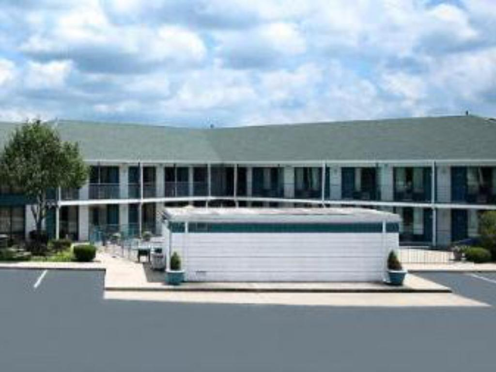 More about Ozark Valley Inn